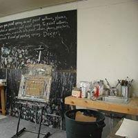 Cardona-Hine Gallery