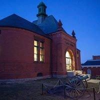 Peavey Memorial Library
