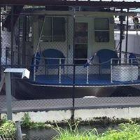 Benson Marina boat dock