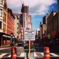 Newark Avenue Pedestrian Plaza