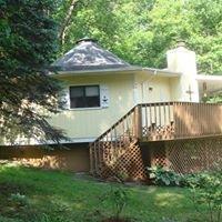 Hemlocks Escape Cottage Rental