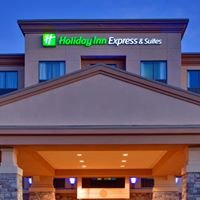 Holiday Inn Express & Suites Huntsville Ontario
