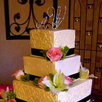 Fleur de Lis Unforgettable Cakes