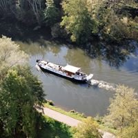 Private charter canal and river cruises, Burgundy, France.