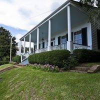 Historic Oak Hill Inn