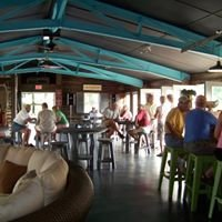 FiNZ Bar and Grille