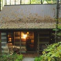 Hocking Hills Log Cabins