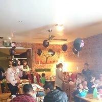 Discovery Cafe & Teahouse