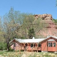 Bunk House at ZION Bed & Breakfast