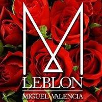 Casa Leblon by Miguel Valencia
