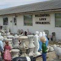 Willenborg Lawn Ornaments