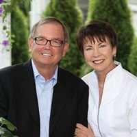 Vera & Pat Purcell Real Estate