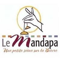 Le Mandapa - Une petite scène sur la Bièvre