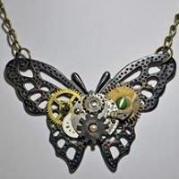 Steampunk & Found Object Jewelry, Robots & Clocks. Riverstone Gallery