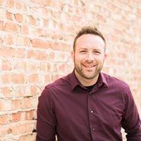 Travis Hempstead - Wedding Professional