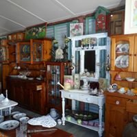 Antiques And Vintage At Uki