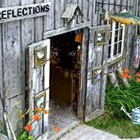 Reflections Art Gallery in Leland Michigan
