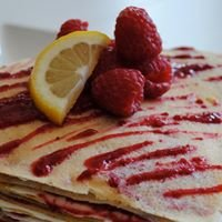 Crepes and Cakes