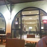 Cafe Madina
