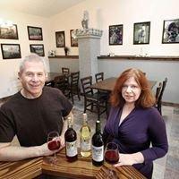 Brambleberry: Winery, Weddings and Country Inn