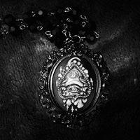 Crimskull Unique Jewelry and Accessories