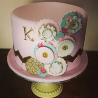 Corbolicious Cakes by Jade