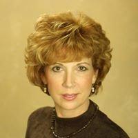 Debbie Russell Realtor with UTR - Texas Realtors