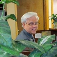 Dr. Wayne T. Miller, Optometrist
