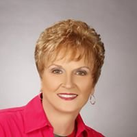 """Jan Smith, Realtor,RE/MAX Premier Properties"""