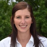 Abby Lindauer- United Country Real Estate Indiana and Illinois