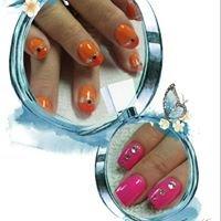 Jennifer's Nails
