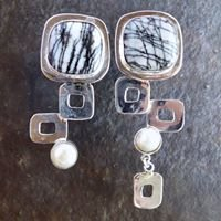 stone, contemporary jewelry by shelly birch