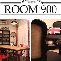 Room 900