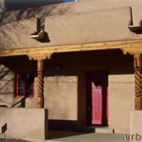Taos Vacation Rental - Puerta Colorada