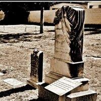 Savannah Memorial Park, Pioneer Cemetery
