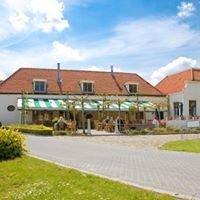 Camping,Chaletpark & Pannenkoekenboerderij De Uitwijk
