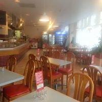 Diala's café