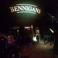 Bennigans Open Mic Mondays