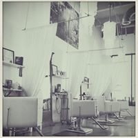Elle 7 Twenty Salon and Spa