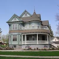 1901 Victorian House & Gardens