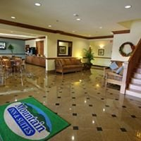 Mountain Inn & Suites-Airport