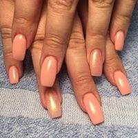 Hollywood Nails & Spa