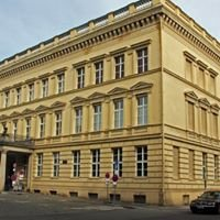 Palais am Festungsgraben