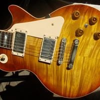Austin Virtuoso Guitars