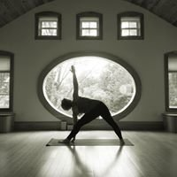 Kim Nixon Yoga & Holistic Therapies