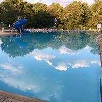 Wallingford Swim and Racquet Club