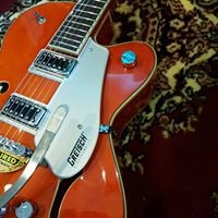 Blues Lee Musical Instruments