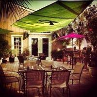 Islanders Restaurant & Bar