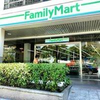 Family Mart, Glorietta 3