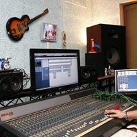SPETTACOLANDO SRL     Sale prova - Studio di Registrazione - Service  Audio